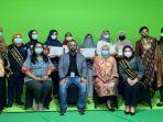 foto-bersama-para-pemenang-kartini-milenial-award-kma-2021.jpg