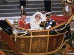 foto-saat-pernikahan-pangeran-charles-dan-putri-diana.jpg