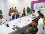 gubernur-sumsel-herman-deru-gelar-video-conference-antisipasi-corona.jpg
