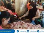 h-1-ramadan-1439-h-harga-ayam-di-pasar-modern-plaju-tembus-rp-47-ribu_20180516_113358.jpg