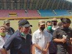 herman-deru-pantau-stadion-gelora-sriwijaya-jakabaring.jpg