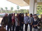 hj-febrita-lustia-minta-seluruh-peserta-apel-kartini-milenial-hadir-di-gladi-bersih-9-april-sore.jpg
