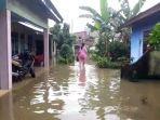 hujan-deras-landa-kota-palembang-warga-sekip-dikepung-banjir.jpg