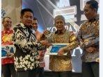 iskandar-kg-award.jpg