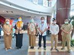 kadinkes-palembang-dr-fauziah-dan-store-manager-gramedia-world-palembang3364.jpg