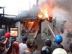 kebakaran-dekat-pasar-gubah12121.jpg