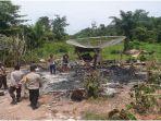 kebakaran-di-desa-terusan-karang-jaya-muratara-sabtu-2102021.jpg