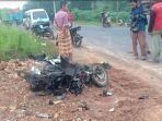 kecelakaan-di-jalinteng-betung-banyuasin-sabtu-492021.jpg