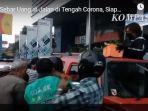 kisah-yuni-seorang-wanita-menebar-uang-di-jalanan-umum-kota-yogyakarta-sempat-viral-1233.jpg