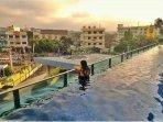 kolam-renang-hotel-aston-palembang.jpg