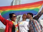 komunitas-lesbian-gay-bisexual-transgender-dan-intersexual-lgbti-indonesia_20160126_182841.jpg