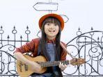 lagu-untuk-kamu-yang-dinyanyikan-oleh-penyanyi-cilik-asal-malaysia-bernama-alyssa-dezek.jpg