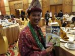 launching-majalah-travel-guide-edisi-ketiga-dengan-judul-delicious-taste-of-palembang_20170829_222403.jpg