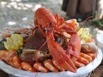 mengolah-lobster.jpg