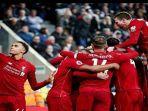 para-pemain-liverpool-melakukan-selebrasi-usai-berhasil-mencetak-gol-ke-gawang-newcastle-united.jpg