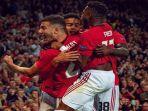para-pemain-manchester-united-berselebrasi-usai-mencetak-gol-dalam-ajang-liga-europa.jpg
