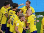 para-pemain-swedia-merayakan-gol-andreas-granqvist-ke-gawang-meksiko_20180627_232529.jpg