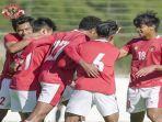 para-pemain-timnas-u-19-indonesia-berselebrasi-usai-mencetak-gol-ke-gawang-nk-dugopolje.jpg