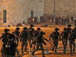 pasukan-keamanan-israel-maju-di-tengah.jpg