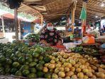 pedagang-pasar-tradisional-muaradua.jpg
