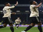pemain-manchester-united-berselebrasi-usai-mencetak-gol-dalam-ajang-liga-inggris.jpg