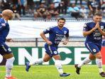 pemain-psis-berselebrasi-usai-mencetak-gol-ke-gawang-persela-di-ajang-liga-1-indonesia.jpg