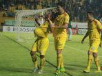 pemain-sriwijaya-fc-melakukan-selebrasi-usai-mencetak-gol.jpg