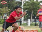 pemain-timnas-indonesia-asnawi-mangkualam-menjalani-latihan-fisik.jpg