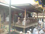 peringatan-maulid-nabi-yang-diadakan-di-majelis-taqlim-kampung-arab_20161211_141309.jpg