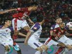 pertandingan-antara-bali-united-vs-persita-di-liga-1-indonesia.jpg
