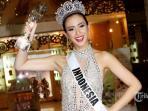 puteri-indonesia-2014-elvira-devinamira-saat-ditemui-sepulangnya-dari-ajang-miss-universe-2015.jpg