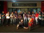 ranmor-polrestabes-palembang-meringkus-dpo-curanmor-bernama-rajab-rabu-2620211234.jpg