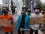 ratusan-mahasiswa-yang-tergabung-dalam-bem-seluruh-indonesia-bem-si-demo-di-kpk.jpg