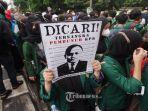 ratusan-mahasiswa-yang-tergabung-dalam-bem-seluruh-indonesia-bem-si-kpk.jpg