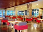 restoran-di-hotel-novotel-palembang_20160416_171811.jpg