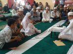 satu-keluarga-masuk-islam1313.jpg