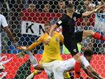 sayap-kroasia-ivan-perisic-mencetak-gol-ke-gawang-inggris_20180712_025305.jpg