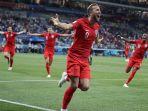 selebrasi-harry-kane-usai-cetak-gol-kemenangan-atas-tunisia_20180619_074109.jpg