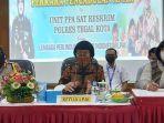 seto-mulyadi-tengah-ketua-umum-lembaga-perlindungan-anak-indonesia-lpai.jpg