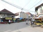 suasana-bangunan-tua-yang-terletak-di-jalan-sekanak-palembang_20180319_040921.jpg