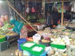 suasana-di-pasar-tradisional-di-desa-lawang-agung-kecamatan-rupit-muratara-sabtu-1042021.jpg