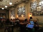 suasana-di-york-yang-merupakan-cafe-baru_20160712_160952.jpg