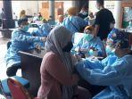suasana-vaksin-anak-di-rsmh-palembang-sabtu-1072021.jpg
