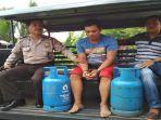suhaimi-36-pelaku-kasus-pencurian-dengan-barang-bukti-dua-tabung-gas-elpiji-12-kg_20180408_050351.jpg