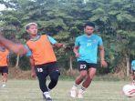 tim-sriwijaya-fc-berlatih-jelang-tampil-di-semifinal-liga-2-indonesia-melawan-persita.jpg