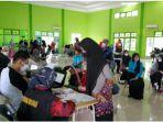 vaksinasi-siswa-man-3-palembang-kamis-992021.jpg