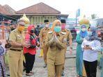 wakil-walikota-palembang-fitrianti-agustinda-usai-mengunjungi-tangga-buntung.jpg