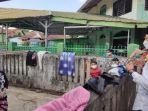walikota-palembang-h-harnojoyo-mengecek-kondisi-warganya-menjalani-isoman-kamis-2972021.jpg