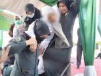 wanita-dicambuk-karena-langgar-syariat-islam.jpg
