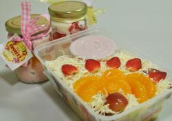 Fruizzy Salad, Paduan Buah Segar dan Pilihan Saus